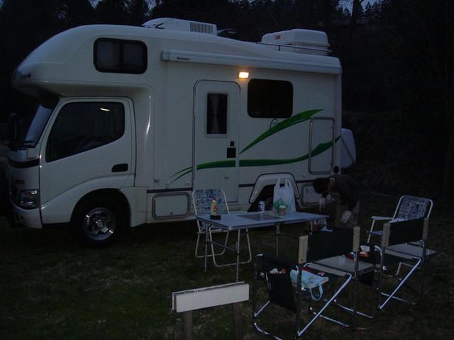 三日月の滝公園キャンプ場 キャンピングカー