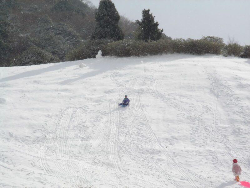 基山で雪遊び