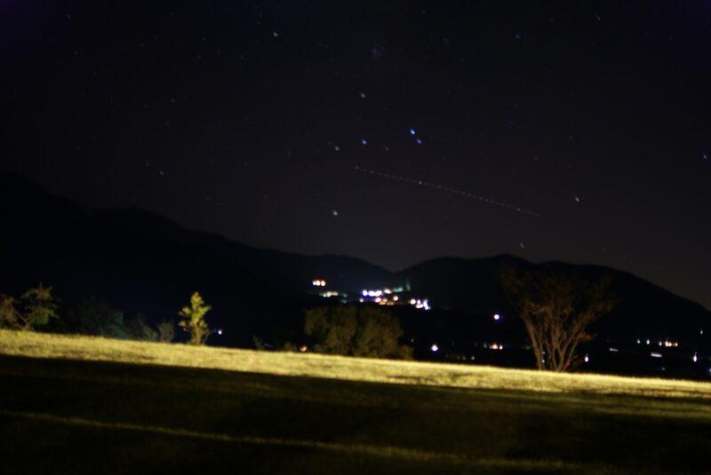 九重山麓風の丘 夜景